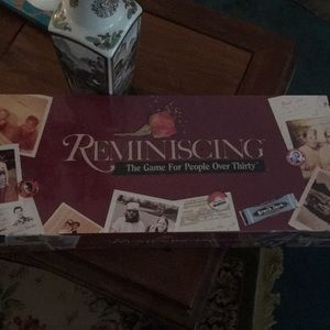 """Accessories - """"Reminiscing """" game for people over 30"""